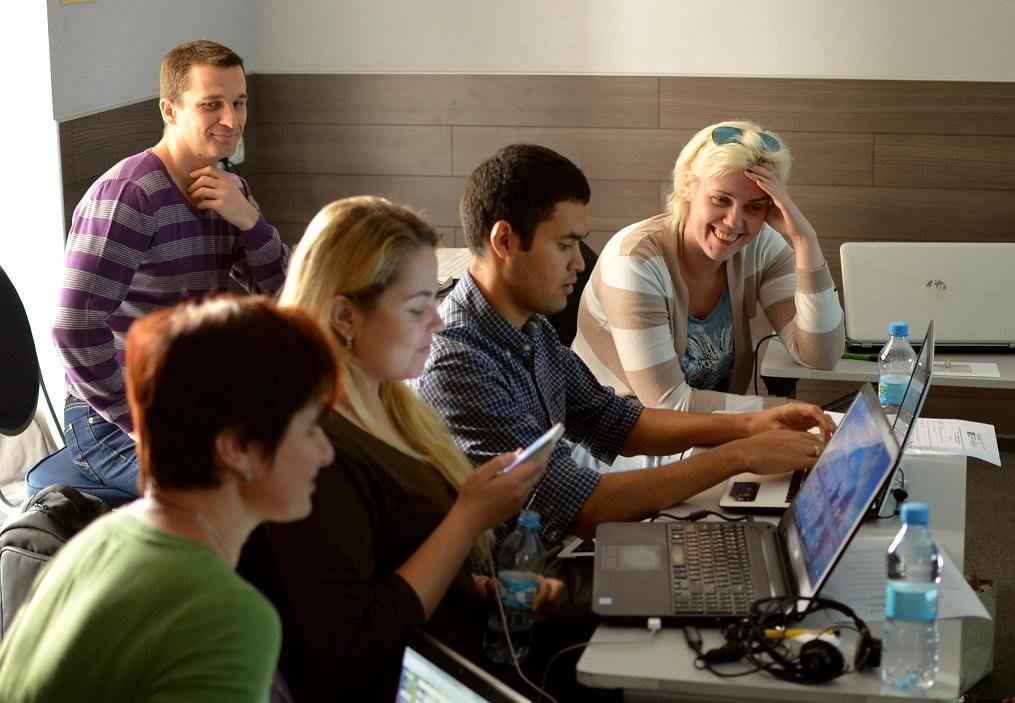 """1-2 жовтня пройшов другий модуль """"Школи цифрової журналістики"""", присвячений цифровій безпеці"""