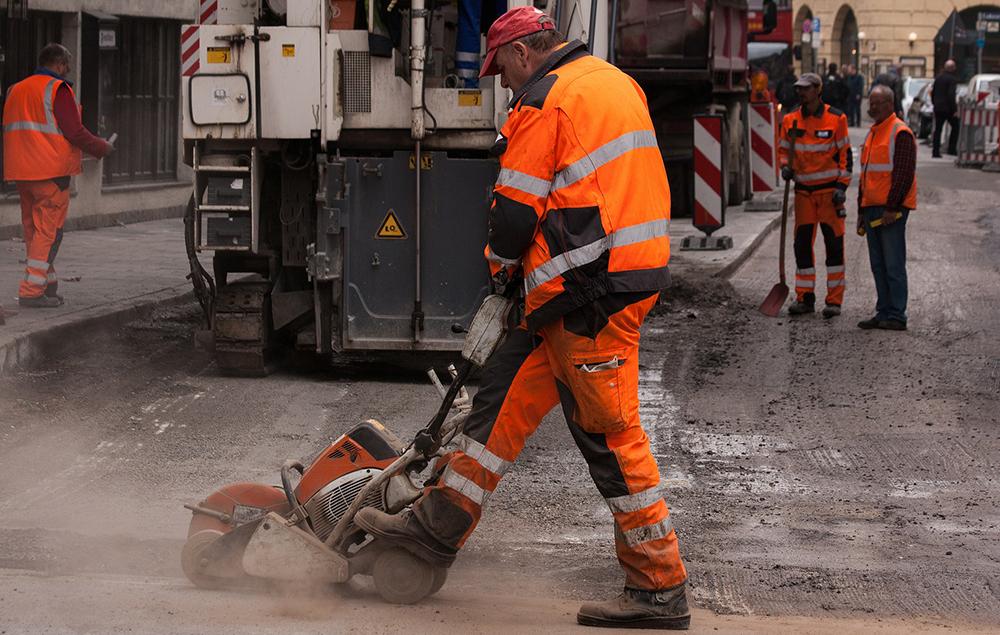 Як у Слов'янську ремонт доріг довірили підозрюваному у шахрайстві підряднику