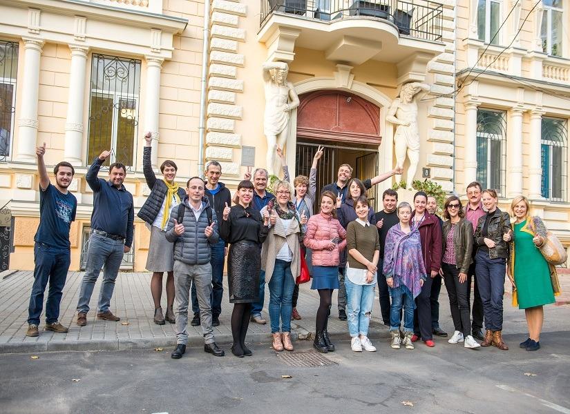 Підсумки проекту n-vestigate: 10 з 17 розслідувань – від українських журналістів